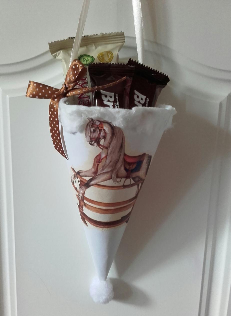Variációk kartonra-ajándéktasak,dekoráció